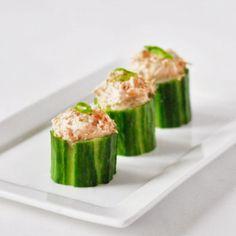 Kerstmis: komkommer tonijn hapje   4Pure