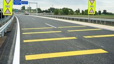 A Strabag Építő Kft. nettó 1 milliárd 427 millió forintért szélesíti ki 2x2 sávosra Győrben a 83-as főútnak egy egykilométeres szakaszát. MIÉRT IS? EZ A CÉG IS KORMÁNY KÖZELI!