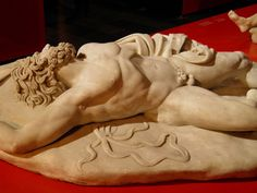 Dead Giant, 98-138 AD (from an original 150 BC), PergamonExhibition, Pergamon Museum, Berlin  Roman