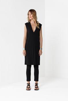 Black Slice Shell Dress Black 7/8 Pant