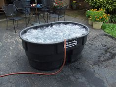 Hillbilly Single person stock tank hot tub (with bubbles from air compressor) . Rubbermaid Tubs, Stock Pools, Stock Tank Pool, Outdoor Tub, Outdoor Baths, Outdoor Showers, Outdoor Spaces, Portable Bathtub, Humor
