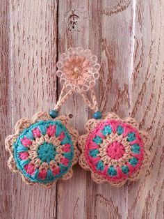 Crochet Christmas Bag Gift Ideas Ideas For 2019 Crochet Home, Love Crochet, Crochet Gifts, Crochet Motif, Diy Crochet, Crochet Doilies, Crochet Flowers, Crochet Patterns, Crochet Summer Hats