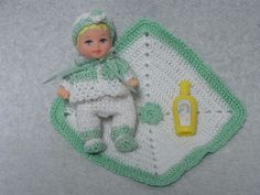 """BARBIE TINY BABY KRISSY 2.5"""" JOINTED MATTEL DOLL CUTE FACE NICE CROCHET CLOTHES"""