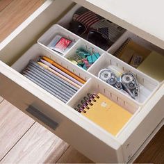 [Visit to Buy] Adjustable New Drawer Organizer Kitchen Board Free Divider Makeup Tableware Storage Box Creative Design