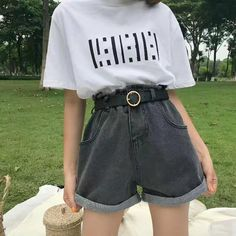 Which style? or 3 ? Retro Outfits, Korean Outfits, Vintage Outfits, Cool Outfits, Summer Outfits, Casual Outfits, Asian Fashion, Look Fashion, Teen Fashion