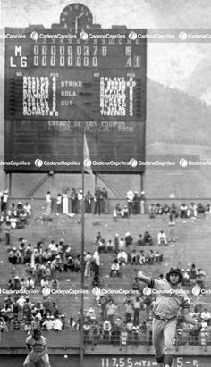 Gilberto Marcano pichando para los Navegantres del Magallanes en 1974. Foto: Trino Garriga/Cadena Capriles