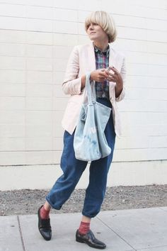 Lisa Cole of A Glass Jar. blazer, plaid button up shirt, cropped denim pants, and slick shoes. it's all so good.