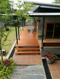 Patio ideas furniture fire pits new ideas Tropical House Design, Tropical Houses, Small House Design, Thai House, Rest House, Bungalow House Design, Simple House, Exterior Design, Ideal Home