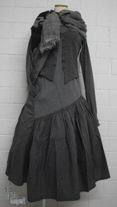 """www.modegalerie-bongardt.de - rundholz mode, rundholz black label, rundholz dip Rundholz black label Sommer 2014 asym. Trägerkleid """"cotton-m..."""