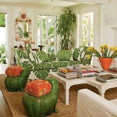 Coastal Living Rooms, Living Room Green, Green Rooms, Living Room Interior, Living Room Decor, Style Tropical, Tropical Home Decor, Tropical Houses, Coastal Decor