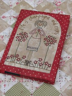 love simplicity of needlework Embroidery Applique, Cross Stitch Embroidery, Embroidery Patterns, Quilt Patterns, Anni Downs, Sewing Crafts, Sewing Projects, Fabric Book Covers, Fabric Postcards