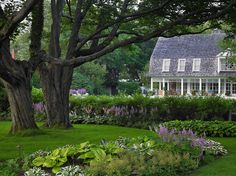 Edmund Hollander Landscape Architects | Cottage House