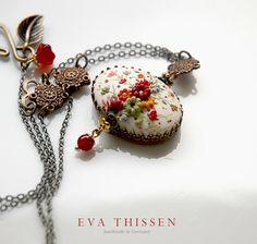 Snow White pendant. Gorgeous handmade polymer clay par EvaThissen, $75.00