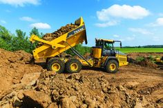 John Deere's new 310E, 260E articulated dump trucks redesigned from the ground up | Equipment World | Construction Equipment, News and Information | Heavy Construction Equipment