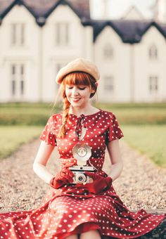 Outfit: Retro Red Polka Dots (A Clothes Horse) Retro look