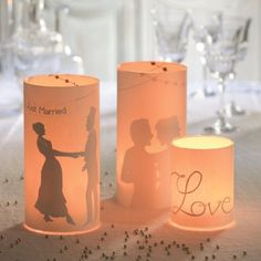Des photophores en papier pour un mariage / Paper candle jar for wedding Xmas Wedding Ideas, Wedding Frames, Diy Wedding, Wedding Decorations, Rustic Wedding, Wedding Humor, Wedding Signs, Pillar Candles, Candle Jars