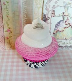 FAKE CUPCAKE RING HOLDER FOR PROPOSALS / DRESSER DECOR / BIRTHDAY GIFTS…