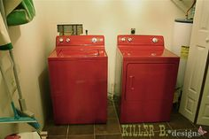 Painted washer and dryer, from Killer B. Designs blog.  How smart is this?  Cheap way to finish a laundry room