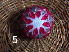 Dekorácie - vianočné patchworkové gule staroružová v kombinácii s bielou a pink - 7147204_