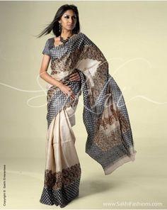 saree Kasavu Saree, Tussar Silk Saree, Indian Designer Sarees, Indian Sarees, Lace Saree, Sari, Designer Sarees Online Shopping, Manish Malhotra, Chiffon