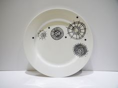 funky circles dinner plate