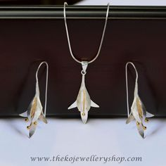 The Golden-Bloom Silver Pendant Set