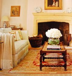 Amanda & Gregory Besterman's Cotswold Home in The English Home magazine | October 2010
