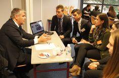 L'Ecole de Savignac s'engage pour l'emploi en organisation deux journées de rencontre entre étudiants de Savignac et professionnels du secteur.