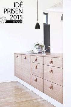 BAKS ARKITEKTER - Kitchen, Denmark. Nordic architecture, house, design, scandinavian, texture, oak, leather, prize, award winning, minimalistic, renovation