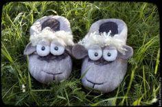 """Обувь ручной работы. Ярмарка Мастеров - ручная работа Валяные тапки """"Милые овечки"""" тапочки. Handmade."""
