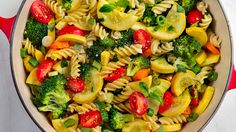 One-Pot Pasta Primavera. This easy recipe lends itself to endless variations. In place of fresh basil, try 1/4 cup chopped cilantro or parsley, 2 Tbs. chopped fresh tarragon, or 1 Tbs. finely minced fresh rosemary or oregano.