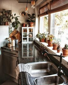 """We are digging all the plants, sustainable furniture and lots of earthy tones ✨✌️🌿 Loving that bathroom sign """"Take a bath you dirty hippie""""… bathroom decor hippie Hippie Kitchen, Boho Kitchen, Earthy Kitchen, Earthy Bathroom, Bathroom Small, Boho Bathroom, Bathroom Inspo, Earthy Home Decor, Rustic Decor"""