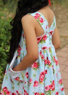 The Newport Pocket Dress PDF Pattern by The Simple Life Pattern Company Sewn by Candice Ayala