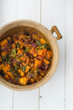 A winter warming vegetarian chilli, packed with delicious flavours and healthy ingredients!                                                                                                                                                     More