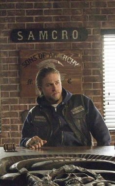 Jax Teller, Sons of Anarchy, SAMCRO, SOA, bikers, brothers, family, great tv, portrait, beard, powerful, photo