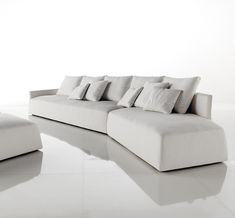 contemporary and modern white sofa for lavish living room by Desiree Divano 3