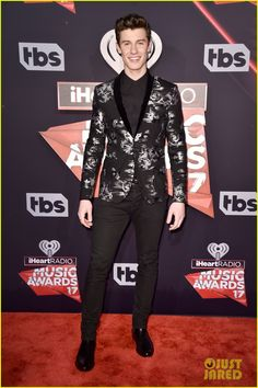 Shawn Mendes iheartradio music awards 2017 02