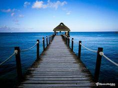 Siempre he pensado que el mar caribe te hace sentir diferente solo vivirlo te cambia!!! #DondeQuieresEstar #MexicoHoteles http://ift.tt/1m3yoTN