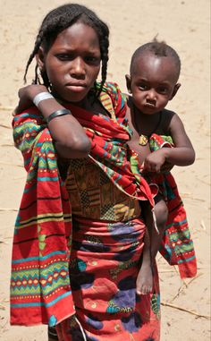 "Africa | ""Jeune maman"".  Chad 