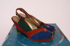1940s Wedges // vintage 40s shoes // Over the by dethrosevintage, $165.00