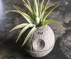 Death Star Concrete Planter - https://tiwib.co/death-star-concrete-planter/ #StarWars #gifts #giftideas #2017giftideas #xmas
