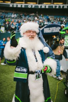 Photo Gallery - Seahawks vs Cardinals: 12th MAN