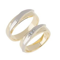 BICOLOR TROUWRINGEN 7605/50MM His And Her Wedding Rings, Wedding Ring Bands, Couple Ring Design, Wedding Engagement, Engagement Rings, Marriage Vows, Cute Wedding Ideas, Couple Rings, Love Ring