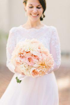 Pretty peach bouquet: http://www.stylemepretty.com/2015/04/02/traditional-hotel-monaco-wedding/   Photography: Elizabeth Fogarty - elizabethfogartyphotography.com/