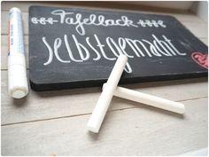 Tafellack selbstgemacht: Acrylfarbe & Zement (Verhältnis 1:1)