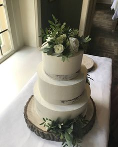 Wedding Cakes, Naked, Desserts, Beautiful, Instagram, Food, Wedding Gown Cakes, Tailgate Desserts, Wedding Pie Table
