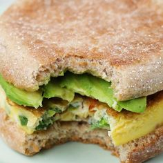 Avocado breakfast sandwich recipes, brunch recipes, brunch foods, healthy m Healthy Sandwich Recipes, Breakfast Sandwich Recipes, Healthy Sandwiches, Breakfast Dishes, Brunch Recipes, Brunch Foods, Sandwich Ideas, Breakfast Casserole, Dessert Recipes