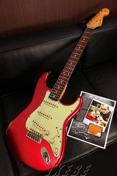Fender Custom Shop Custom Shop MBS 1960 Stratocaster Relic Aged Candy Apple Red Master Built By Jason Smith S/N R64714