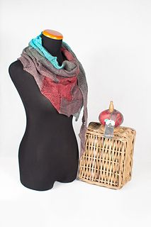 This pattern will help de-mistify Entrelac and help you produce a fabulous shawlette that your friends will never find on a store shelf. Slouch Beanie, Knit Cowl, Long Scarf, Womens Scarves, Knitted Hats, Knitting Patterns, Trending Outfits, Yarn Projects, Crafty Projects