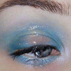 Make Up; Look; Make Up Looks; Make Up Augen; Make Up Prom;Make Up Face; Eye Makeup Tips, Makeup Goals, Makeup Inspo, Makeup Art, Makeup Inspiration, Hair Makeup, Makeup Ideas, Makeup Monolid, Makeup Morphe